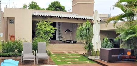 Linda casa Jardim esmeralda. José Pedro da Silva